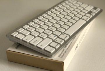 Anker ウルトラスリム Bluetooth ワイヤレスキーボード