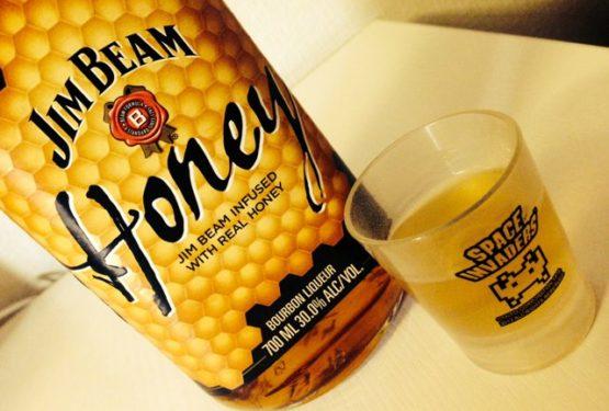蜂蜜ウイスキー3本目「JIM BEAM Honey」